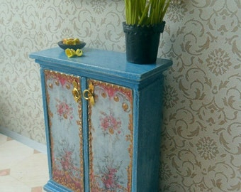 Cupboard. Dollhouse furniture. table. Scale 1:12