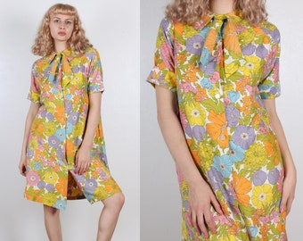 60s Floral Housecoat Dress // Vintage Mod Robe Button Up Ascot Tie - Large to XL