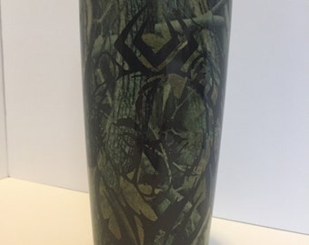 20 oz. Tribal Bear on Camo