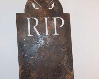 Headstone / Gravestone Metal R.I.P. RIP Halloween Decoration Metal Art Artwork