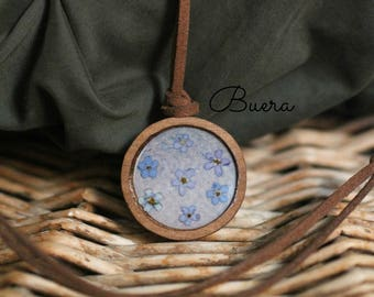 Forget me not flower round wooden pendant