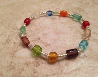 Multicolored glass bead stretchy bracelet