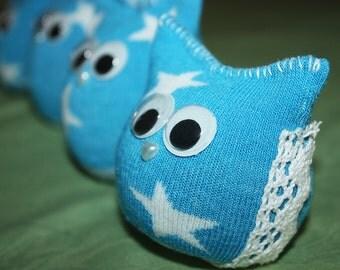 Blue and white star Lucky Owlie.