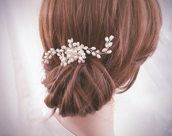 Bridal Hair Comb, Flower Hair Comb, Bridal Hair Jewelry, Pearl Wedding Headpiece, Bridal Hairpiece