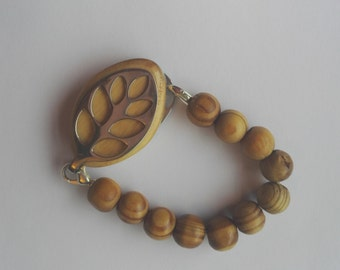 Bellabeat leaf bracelet Elasticated wooden bead bracelet to wear with Bellabeat Leaf
