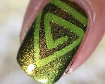 Triangle Swirls Stencil