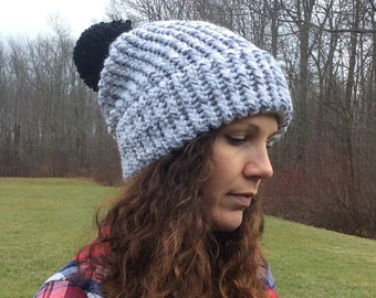 Slouch Hat Marble with Black Pompom