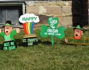 St Patrick's Day Yard Stakes (4), St Patricks Yard Art, Painted Wood, Signs, Garden Stakes, Leprechaun, Shamrock, Pot O'Gold