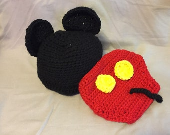 Mikey Mouse Hat & Diaper Cover 0-3 Months