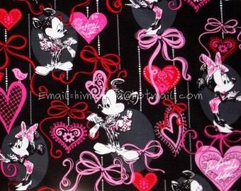 mi455 - 1 Yard SDLP Cotton Woven Fabric - Cartoon Characters, Minnie and Mickey Mouse, Evening Dress, Bobtail - Black (W140)
