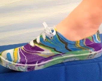 hand painted tennis shoe