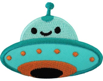Alien Iron On Badge Sew On Patch Embroidered Spaceship Martian UFO Flying Saucer