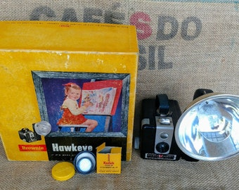 Vintage Midcentury 1950's Kodak Brownie Hawkeye Camera with close up lens, flash, and original box // antique camera // photography