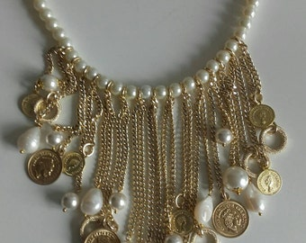 Coin pendants necklace