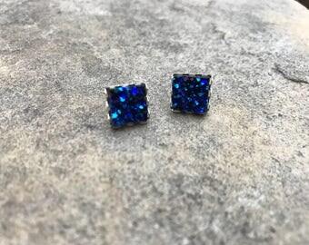 Blue, Square Druze studs