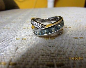 14K  white  gold diamond and aquamarine ring