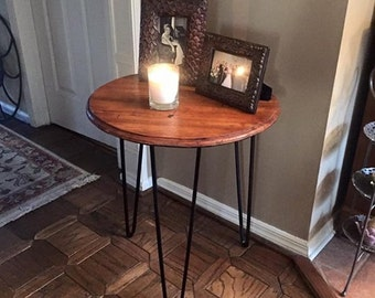 Reclaimed wood and hairpin leg side table