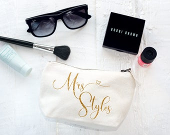 Personalised Makeup & Cosmetic Bag (The Mrs Bag) - The Perfect Wedding Thank You Gift for your Bridesmaids and Bridal Party