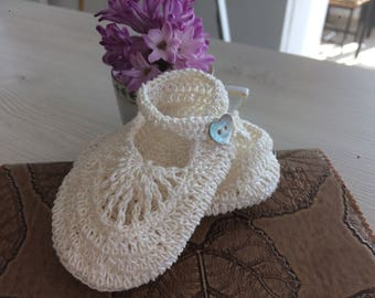 Baby shoes / Mary-Jane