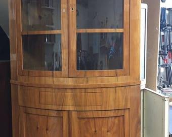 Biedermeier, corner cabinet, cherry veneered, Rheinland ca.1830, elegant form!