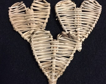 Mini Vine Heart (Package of 25) for Chinchilla, Guinea Pig, Rat, Rabbit and Bird