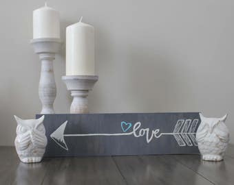 Grey stained love arrow