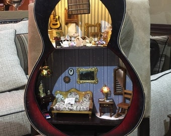 Dollhouse Guitar filled with Miniatures