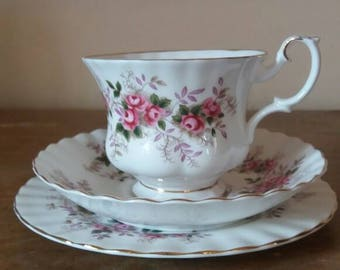 Royal Albert lavender rose, tea cup trio, vintage tea cup, bone china, royal albert  trio, rose design