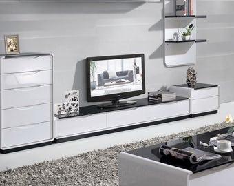 Presta 1.8m White Gloss TV / Entertainment Unit