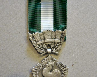 French Regional Departmental And Municipal Honour French Republic Silver  Medal