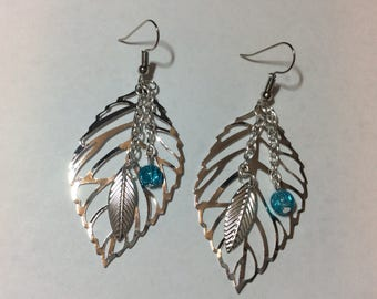 """Silver leaves and its aquamarine Pearl"" earrings"