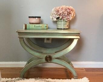 Vintage/antique side table