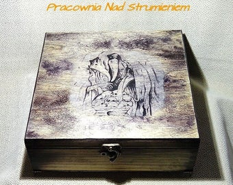 Gothic large wooden box