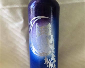 25 Oz Aluminum Water Bottle Custom Painted - Owl on a Moon