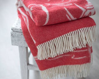 Red Throw blanket Crane picture, Wool Throw, Sofa throws, Red blanket,  Wool blanket, Throws for sofa,