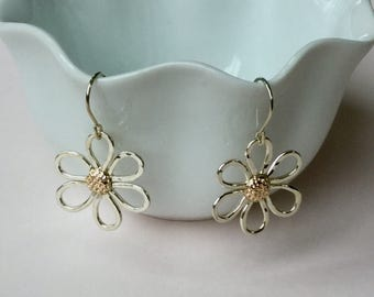 14kt Gold and Sterling Silver Daisy Earrings