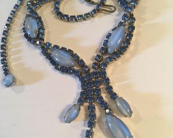 Vintage Rhinestone necklace beautiful blue prongset