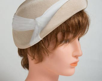 Hat beige year woman 60 perfect condition