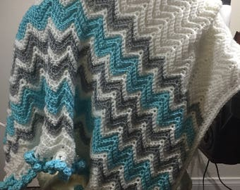 Chevron striped baby blanket