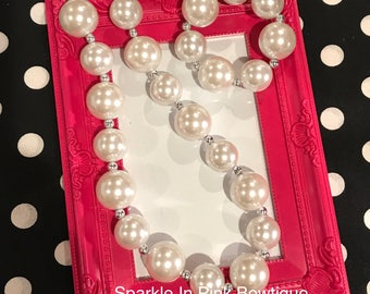 Chunky Pearl Necklace With Bracelet