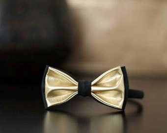 Butterfly gold-black