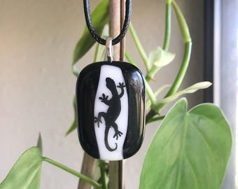 Black and White Lizard Pendant