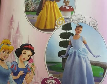 Simplicity 2817 Disney Princess Uncut Patterns Sizes 7-14