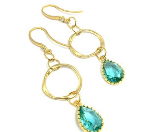 Earrings with Aquamarine crystal