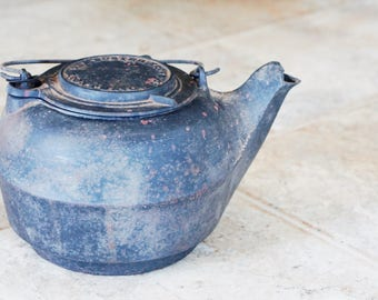 Antique Foster Stove Co. Cast Iron Kettle Heavy Duty