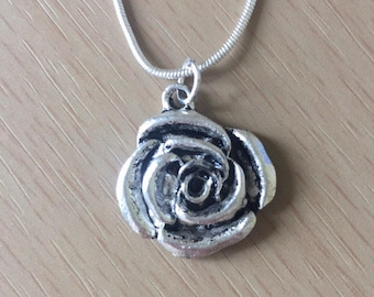 Rose Silver Necklace