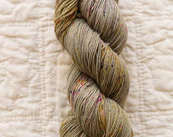 Gunmetal- superwash merino wool 4 ply