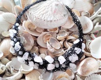 Crochet wire Rosenquarz handmade necklace