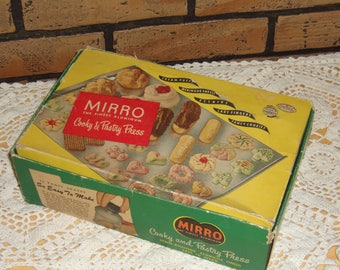Mirro  1950s Cooky and Pastry press