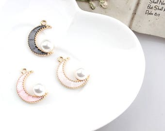 Crescent Moon gold and Pearl charm set four two-color pink, green
